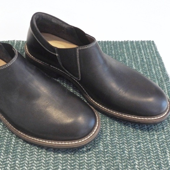Naot Mens Black Brown Shoes Loafers